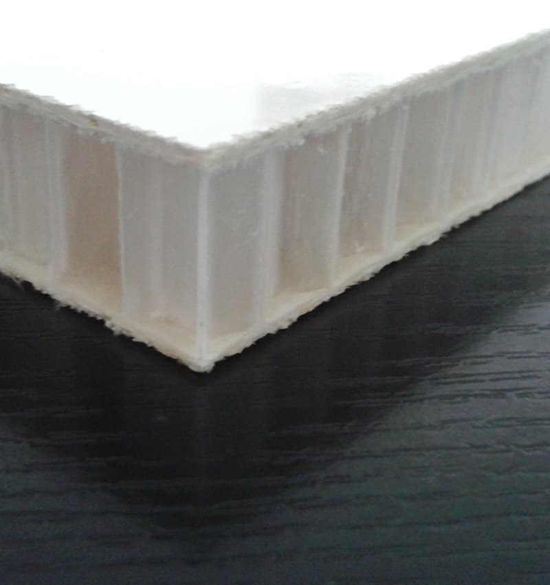 Lightweight honeycomb sandwich panel