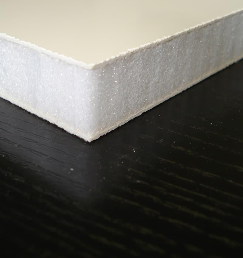 Panneaux composites léger en mousse